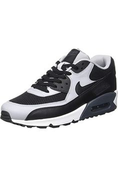 huge discount f6a68 d525c Nike Men s Air Max 90 Essential Low-Top Sneakers
