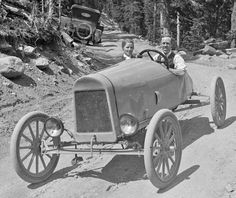 Model T Ford Speedsters and Racing Cars Ford Motor Company, Autos Ford, Ford Classic Cars, Vintage Race Car, Vintage Bicycles, Old Trucks, Motor Car, Motor Vehicle, Fast Cars