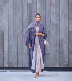 "Fatma Husam on Instagram: ""❤️"" Niqab Fashion, Modern Hijab Fashion, Hijab Fashion Inspiration, Mode Inspiration, Fashion Outfits, Iranian Women Fashion, Islamic Fashion, Muslim Fashion, Dubai Fashionista"