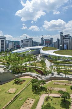 Dongdaemun Design Plaza complex, Seoul, South Korea designed by Zaha Hadid Architects