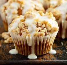 Pier and ginger Muffins. Pier and ginger muffins with granola topping Pumpkin Cream Cheese Muffins, Pumpkin Muffin Recipes, Easy Pumpkin Pie, Pumpkin Spice Muffins, Pumpkin Spice Coffee, Pumpkin Cream Cheeses, Pumpkin Oatmeal, Pumpkin Cheesecake Muffins, Cheese Pumpkin