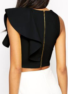 all black fashion women's - Free l pins Latest Street Fashion, Latest Fashion For Women, Womens Fashion, Fashion Trends, Cropped Tank Top, Crop Tops, All Black Fashion, African Men Fashion, Ladies Dress Design