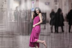 Korean designers Je Sung Park and Woo Jung Kwon have created the Air Umbrella, a canopy-less umbrella that uses air to protect against the rain.