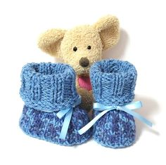 Chaussons bébé tricotés bleus avec revers taille 0/3 mois Tricotmuse : Mode Bébé par tricotmuse