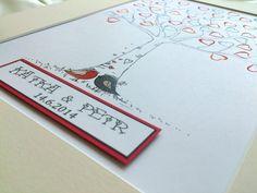 """Svatební strom ptáčci - ZDARMA dvě barvičky Svatební strom je krásný a originální způsob jak nechat památku novomanželům na jejich den """"D"""". Každý ze svatebčanů obtiskne svůj prstík (jako lísteček na stromě) a případně k obtisku napíše své jméno či vzkaz. Popis přiložíme. Razítkovací polštářky/podušky jsou dostupné v různých barvách, které můžete ..."""