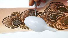 Latest Trick Mehndi Design 2019 - Spoon рд╕реЗ рд▓рдЧрд╛рдПрдВ рдпреЗ рдореЛрд░рдкрдВрдЦреА рдореЗрд╣рдБрджреА рдХрд┐рд╕реА рднреА рддреАрдЬ рддреНрдпреМрд╣рд╛рд░ рдпрд╛ рд╢рд╛рджреА рдореЗрдВ - YouTube Indian Mehndi Designs, Modern Mehndi Designs, Mehndi Design Pictures, Wedding Mehndi Designs, Beautiful Henna Designs, Latest Mehndi Designs, Mehndi Images, Mehndi Designs For Beginners, Mehndi Designs For Fingers