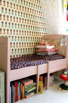 Nordic and vintage kids room bed. Craft Storage Ideas For Small Spaces, Creative Storage, Baby Decor, Kids Decor, Casa Kids, Deco Retro, Kids Corner, Deco Design, Little Girl Rooms