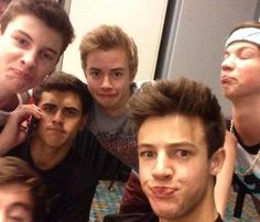 Cameron Dallas, Jack Glinsky, Jack Johnson, Taylor Caniff, and Shawn Mendes :D