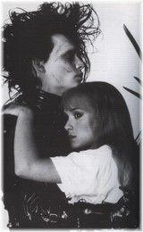 Winona Ryder Joven, Johnny Depp Winona Ryder, Winona Ryder Edward Scissorhands, Scissors Hand, Best Romantic Movies, Romantic Moments, Johny Depp, I Love Cinema, Music Film