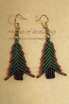 macrame Christmas earrings