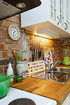 3-cozinha-cinza-colorida-moderna-divertida