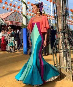 """RESILIENCIA"" 💜💜💜 Complemento Spanish Dress Flamenco, Couture Fashion, Fashion Show, Tribal Dress, Wedding Costumes, Edwardian Dress, Festival Wear, Dance Dresses, Traditional Dresses"