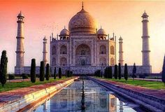 #mytajmemory #JetVillaLife #BucketList The Taj Mahal in Agra India at sunset. So beautiful. A definite bucket list moment.  Double tap   Tag a friend who wants to go to India  The Taj Mahal is a white marble mausoleum located on the southern bank of the Yamuna River in the Indian city of Agra. It was commissioned in 1632 by the Mughal emperor Shah Jahan to house the tomb of his favorite wife Mumtaz Mahal. Construction of the mausoleum was essentially completed in 1643 but work continued on…