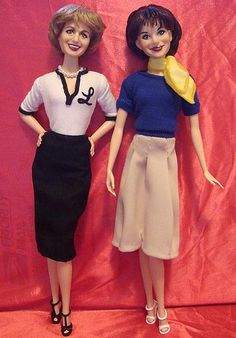 Custom Recast Laverne and Shirley Barbie dolls Celebrity Barbie Dolls, Realistic Barbie, Laverne & Shirley, Barbie And Ken, Barbie Model, Beautiful Barbie Dolls, Barbie Collector, Barbie Friends, Barbie Clothes