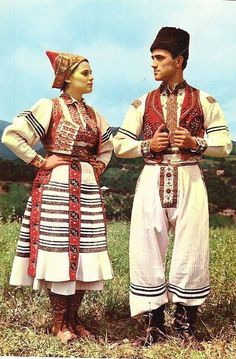 Europe | Portrait of a couple wearing traditional clothes, Rečica area (Pokuplje), Zagreb, Croatia #embroidery