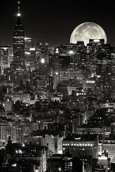 Black and White design landscape NYC space architecture new york new york city Manhattan Astronomy Places Around The World, Around The Worlds, Photographie New York, Voyage New York, I Love Nyc, Beautiful Moon, City That Never Sleeps, City Lights, Belle Photo