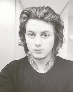 Ben Bruce<>I want one for Christmas;-;