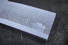 Pour nos collaborateurs, nos clients et nos amis, une tempête de neige en folioscope. 45 pages. Impression au risographe.  Plus de photos : https://www.facebook.com/media/set/?set=a.10153098551708969.1073741849.169808593968&type=3&uploaded=9