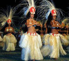 Tahitian Google Image Result for http://2.bp.blogspot.com/-mWBT7Mkbgmw/TiacyWD8HNI/AAAAAAAAAm8/KGQzprwZj1o/s1600/Pacarere-dance.md.jpg