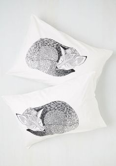 These dreamy pillow cases. | 21 Adorable Fox Products You Need In Your Life