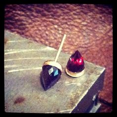 Ivy Bullets studs with faceted garnet and goldfilled findings Bullets, Ivy, Garnet, Studs, Cool Style, Jewellery, Beauty, Fashion, Granada