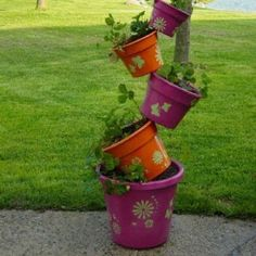 How To Make Tipsy Pots For Your Backyard - Unique DIY Ideas