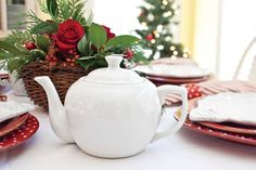 Gather inspiration for your Christmas tea with these two different approaches to a festive seasonal tablescape.