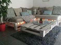 Gorgeous 60 Summer DIY Projects Pallet Sofa Design Ideas And Remodel source : wo… - DIY Möbel Diy Pallet Sofa, Diy Couch, Wooden Pallet Furniture, Diy Pallet Projects, Wood Pallets, Pallet Home Decor, How To Build Pallet Furniture, Diy Summer Projects, Wooden Pallet Ideas