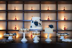 sweet table by Cupcake