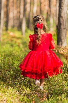 Sukienka tiulowa dla dziewczynki czerwona Formal Dresses, Red, Fashion, Dresses For Formal, Moda, Formal Gowns, Fashion Styles, Formal Dress, Gowns
