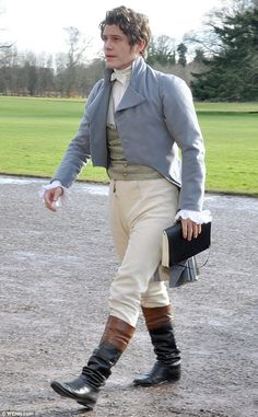 Hello Sir: Australian actor Xavier Samuel stepped out in a rather dapper ensemble in Dubli. Jane Austen, 18th Century Clothing, 18th Century Fashion, Regency Dress, Regency Era, Historical Costume, Historical Clothing, Xavier Samuel, Period Costumes