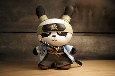 Ornery Shinsengumi Panda (Dunny) by Huck Gee Toy Art, Vinyl Toys, Vinyl Art, Blender 3d, 3d Character, Character Design, Vinyl Figures, Action Figures, Arte 8 Bits