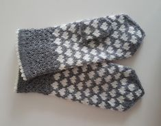 Knit Mittens, Knitted Gloves, Fair Isle Knitting Patterns, Arts And Crafts, Diy Crafts, Textiles, Knit Crochet, Handmade, Gifts