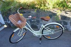 Basil DUBLIN sykkelkurv | Bast Little Things, Dublin, Basil, Fans, Bicycle, Bike, Bicycle Kick, Bicycles