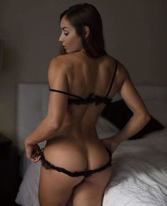 SQUAT BUTTS AND MUSCULAR DREAM WIFE GLUTES - November 29 2017 at 08:23AM : Health and Exercise - #Fitspiration and Sexy #Fitspo - FitFam and #BeastMode - Hot Bikini and Beach Bodies - Beautiful and Strong Crossfit Babes - #Fitness Models on Instagram - #Inspirational Body Goals - Gym Inspo and #Motivational Workout Pins by: CageCult