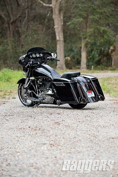 2014 Harley Street Glide: Bolt-On Badness Baggers Harley Street Glide, Harley Davidson Street Glide, Motos Harley Davidson, Hd Street Glide, Harley Bagger, Bagger Motorcycle, Harley Bikes, Motorcycle Tips, Cars Motorcycles