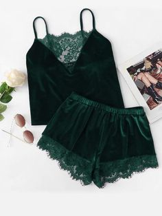 To find out about the Plus Lace Insert Velvet Cami Top & Shorts PJ Set at SHEIN, part of our latest Plus Size Pajama Sets ready to shop online today! Green Lingerie, Pretty Lingerie, Beautiful Lingerie, Sexy Pajamas, Girls Pajamas, Pyjamas, Pjs, Classy Outfits, Cute Outfits