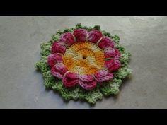 Flor com Folhas de Era em Crochê