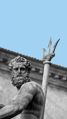 World of Statues Aesthetic Statue, Aesthetic Art, Guerrero Tattoo, Renaissance Kunst, Statue Tattoo, Roman Sculpture, Bronze Sculpture, Greek Mythology Art, Greek Statues