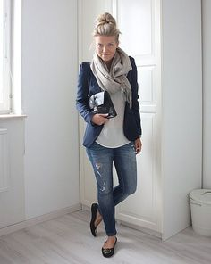 skinnies & flats, blazer & scarf, perfect outfit for a casual Friday at work