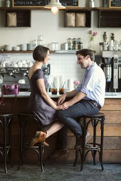 Love this roundup of clever, casual engagement photos! http://www.thecasualgourmet.com