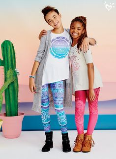 Can't-miss outfits + sparkling smiles = a style win! Step out in prints as unique as you are!