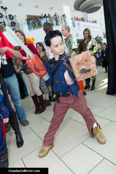 ash williams evil dead young cosplayer at never comic con 2014