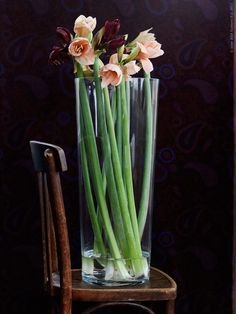 Love this simple floral arrangement. Photo: IKEA
