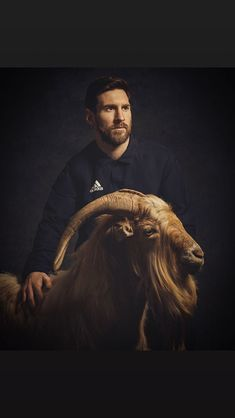 G.O.A.T.  Greats Of All Times God Of Football, Football Is Life, Messi Fans, Messi 10, Cristiano Ronaldo Lionel Messi, Neymar, Barcelona Soccer, Fc Barcelona, Fifa