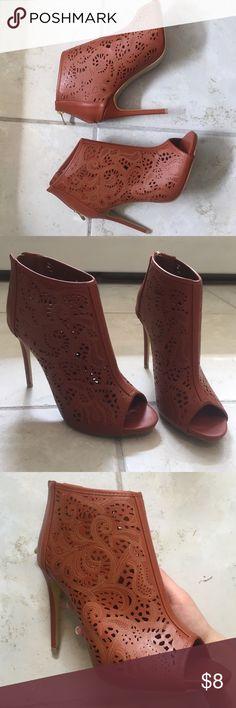 Summer heel Cute Designed summer heel. Never worn. Only posting here for views! H&M Shoes Heels
