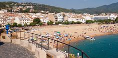 Cheap hotel rooms in Spain, best prices and cheap hotel rates on Hotellook Destinations, Station Balnéaire, Excursion, Barcelona, Cheap Hotels, Camping Car, Best Hotels, Continents, Carnival