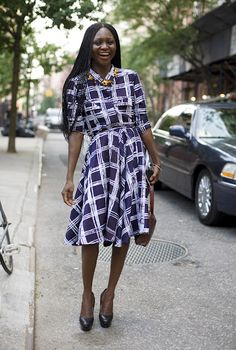 "Nigerian-born OROMA ELEWA has become an Africa style icon in the West. ""I wrap myself in African fabrics, which remind me of my childhood,"" she says. Dividing her time between Nigeria and New York, she is working diligently to enlighten the world about Africa's vibrant and diverse cultures and fashions. Toward that end, she has launched her own magazine, Pop'Africana."