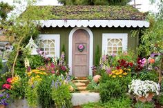 A sweet little cottage