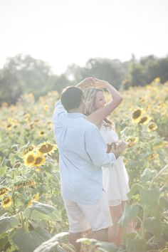 Sunflower Farm Engagement Session by Buffy Dekmar Photography Field Engagement Photos, Engagement Couple, Engagement Shoots, Engagement Ideas, Couple Photography, Engagement Photography, Maternity Photography, Sunflower Field Pictures, Sunflower Pics